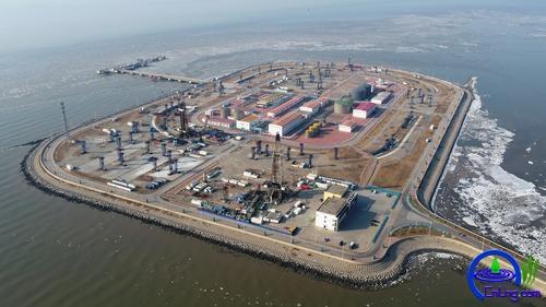 图为实施清洁生产的冀东油田南堡1号人工岛。杨军 摄影报道